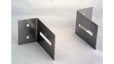 Pattes inox d'encastrement pour VHF fixe RT450/550/650 (la paire)