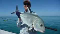 Bienvenue à Etienne Picquel, guide de pêche en Nouvelle-Calédonnie et... membre du team Navicom Humminbird !